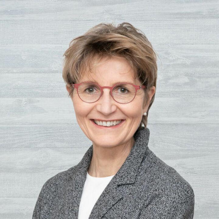 Dr. Brigitte Bailer
